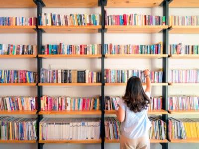 Schoolbibliotheek met uitleensysteem